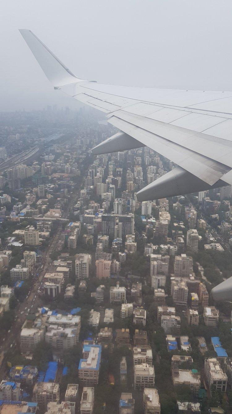 Mumbai plane